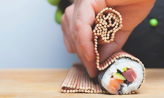 Kit per Sushi Fai Da Te: strumenti per preparare il sushi in casa