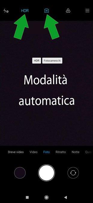 fotocamera smartphone in modalità automatica
