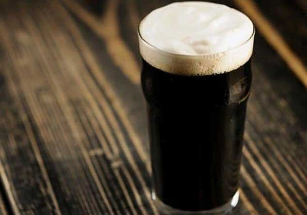 Bicchiere di birra porter